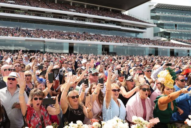 Melbourne Cup Packages and Tours